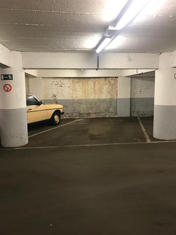 Emplacement parking à louer  - MONTOYER